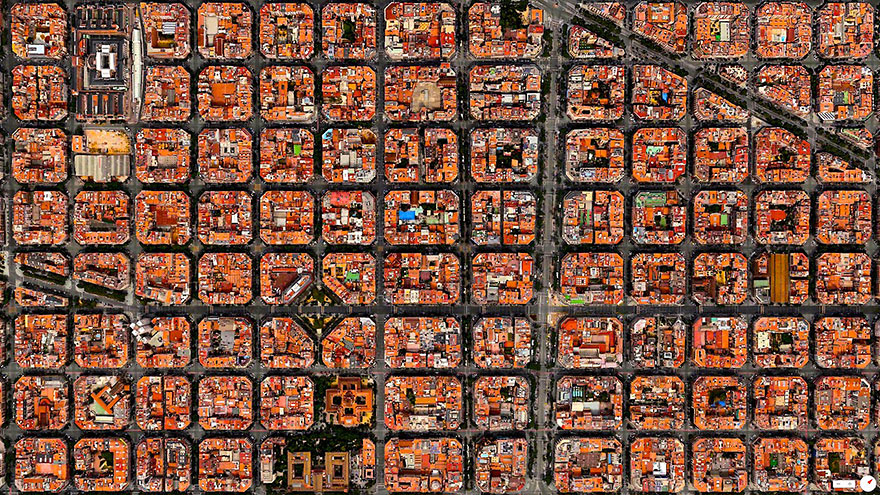 Barcelona_satellite_image