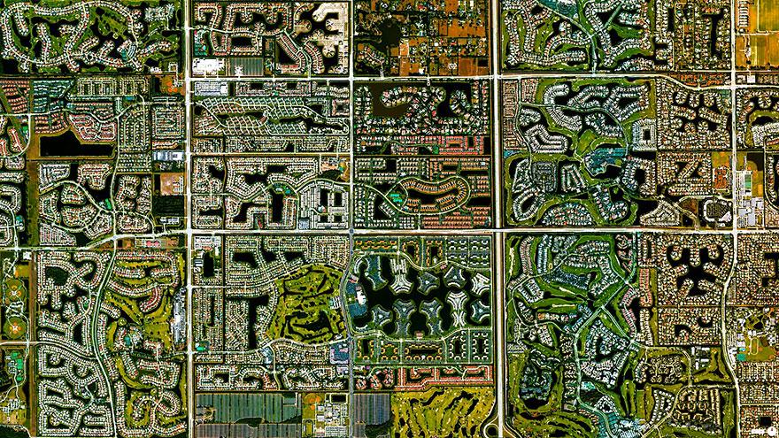 Boca-Raton_satellite_image