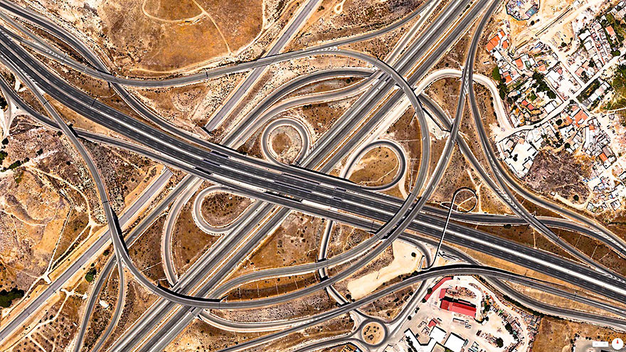 Spaghetti-Junction_satellite_image